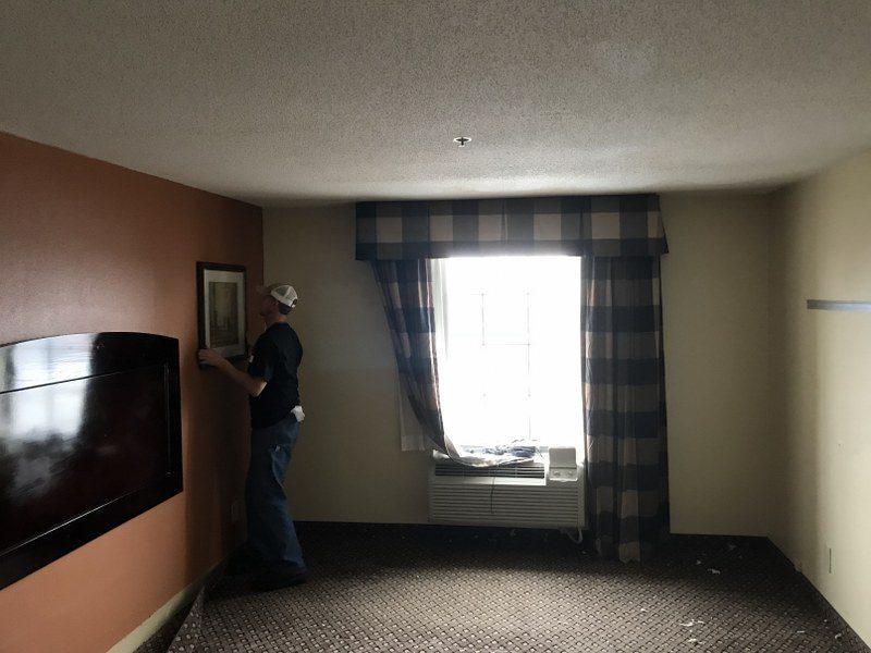 Service 1st client hotel, restoration of water damage